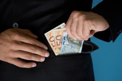 Heute Geld privat trotz Schufa Eintrag 1000 Euro bekommen